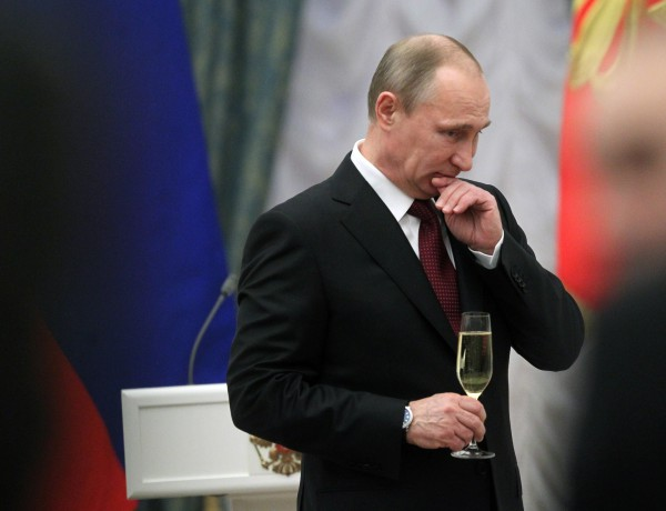 12 апреля 2008 года в свет вышла статья о романтических отношениях Путина и Кабаевой