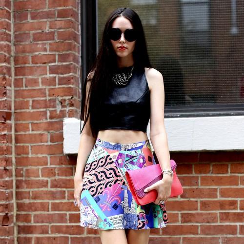 Как носить короткий топ  3 стильных образа - Тренды моды 1ba75f6d04afd