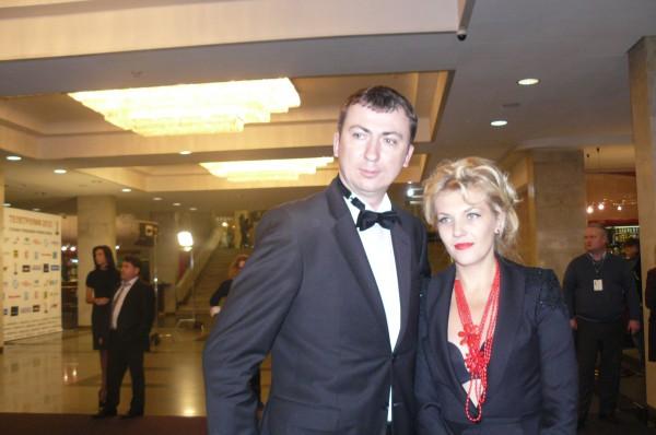 Телетриумф 2012: Валерий Жидков пришел на премию с сексуальной супругой