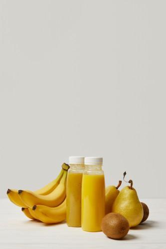 Бананово-грушевый смузи с карамболем