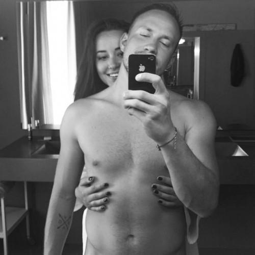 Яна Станишевская показала фото с голым мужчиной