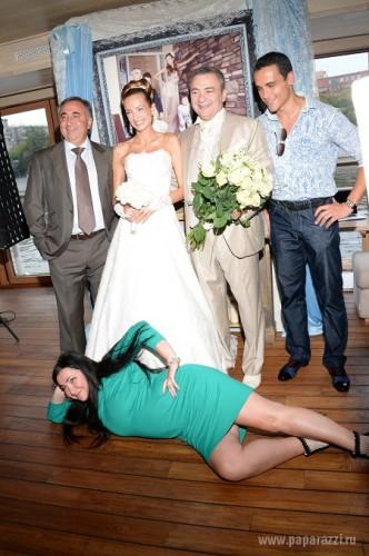 Лолита Милявская чудила на свадьбе друга