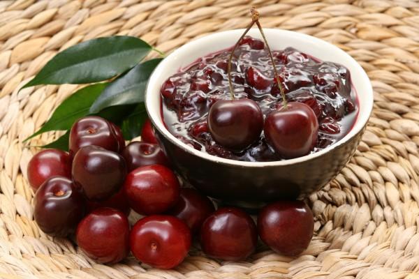 Варенье из вишни с шоколадом