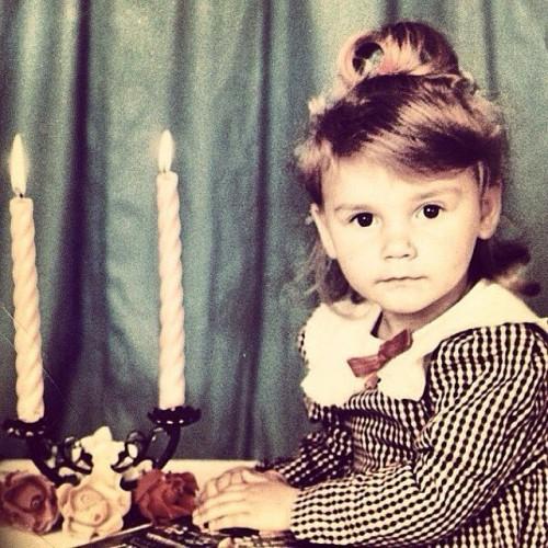 Миша Романова в детстве
