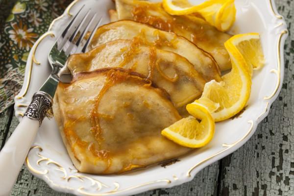 Завтрак на 8 марта: блинчики Сюзетт