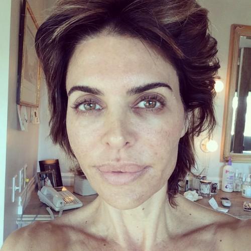 Лиза Ринна без макияжа