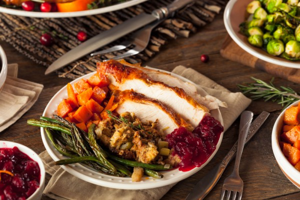 На День благодарения обязательны индейка и клюквенный соус