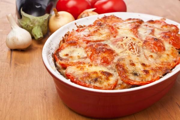 Рецепт                  Мусака из баклажанов с помидорами