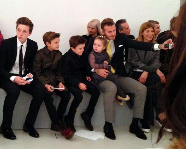 Муж Виктории Бекхэм с тремя сыновьями и дочкой