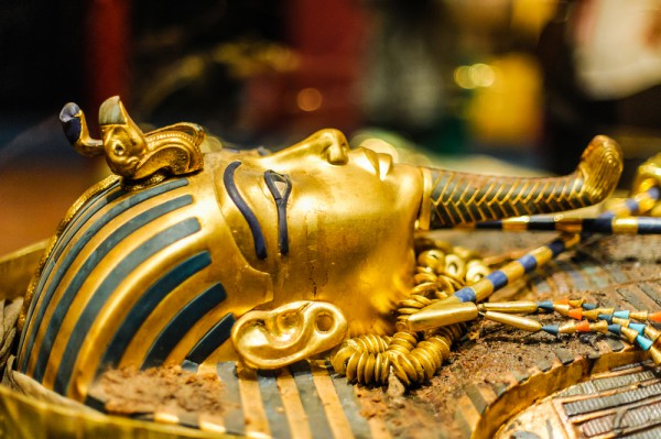 Маска фараона Тутанхамона