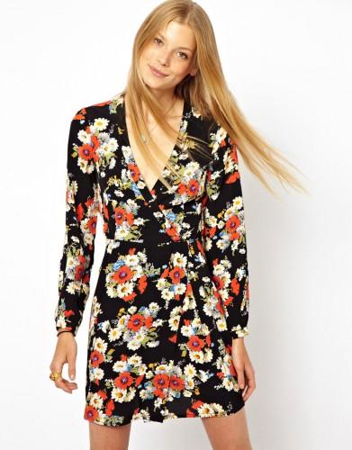 Платье Asos продается за $30