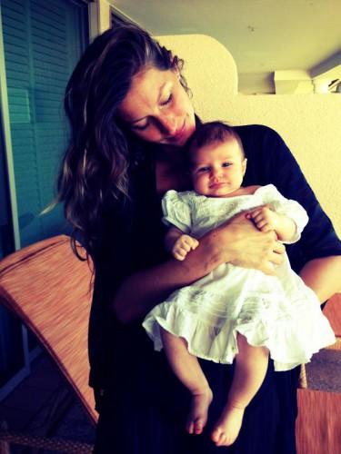 Супермама: Жизель и ее 2-месячная дочь Вивьен