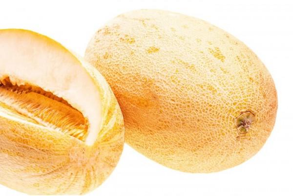 О спелости дыни говорит в первую очередь ее аромат.