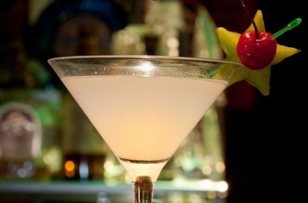 Подготовься к празднику как следует и приготовь великолепные алкогольные коктейли в День святого Валентина