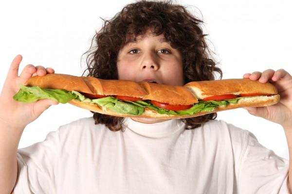 Ожирение у детей: причины и лечение