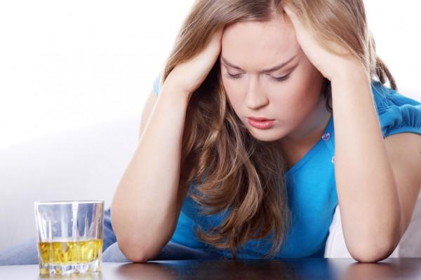 Чем вредны алкогольные напитки?