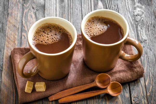 Какао снижает давление лучше, чем чай