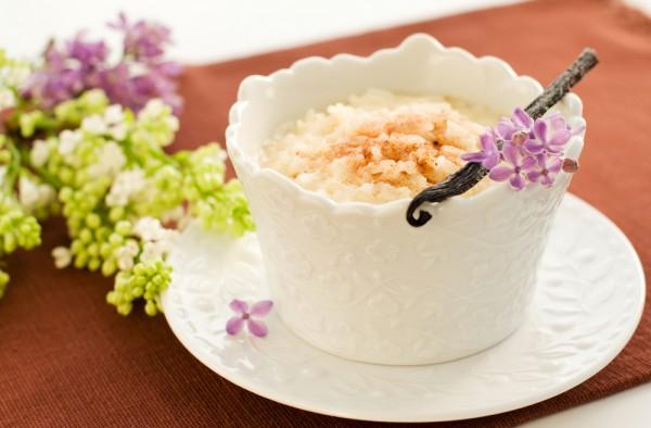 В качестве десерта пудинг обычно подают с сахаром