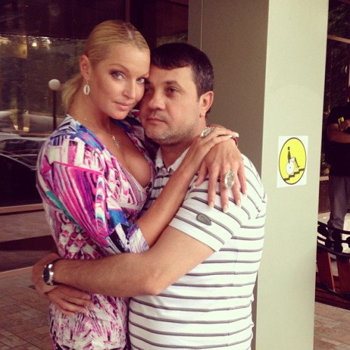Анастасия Волочкова прощается с Бахтияром Салимовым