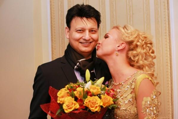 Муж Камалии рассказал о бизнесе по-украински