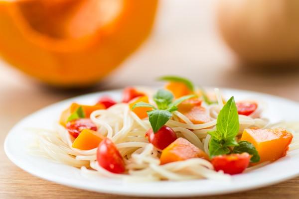 Рецепт                  Спагетти с помидорами и тыквой