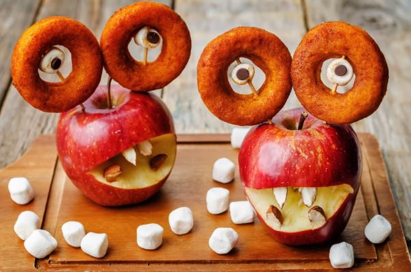Яблочные монстры на Хэллоуин 2015