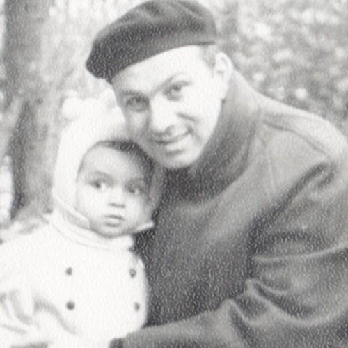 Маленький Филипп со своим отцом Бедросом Филипповичем
