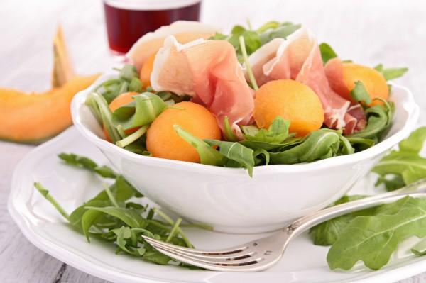 Рецепт                  Салат из дыни с прошутто