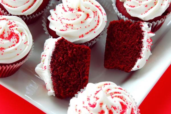 Рецепт                  Капкейки Красный бархат на День святого Валентина