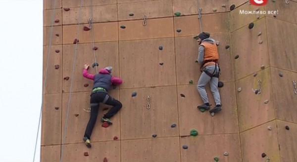 Холостяк 5 сезон: Катя и Сергей преодолели самый высокий скалодром в мире