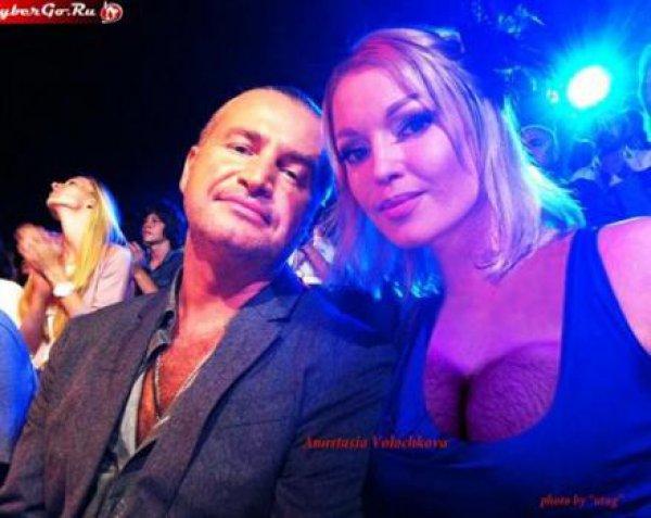 Анастасия Волочкова выложила в Сеть фото волосатой груди.