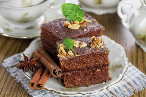 Брауни с орехами и шоколадом
