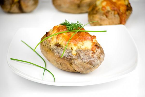 Картофельные лодочки с начинкой
