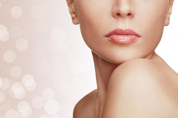 Потрескавшиеся губы – результат плохого увлажнения
