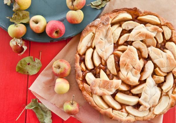 В Яблочный Спас в церквях освящают не только яблоки, но и другие фрукты и овощи