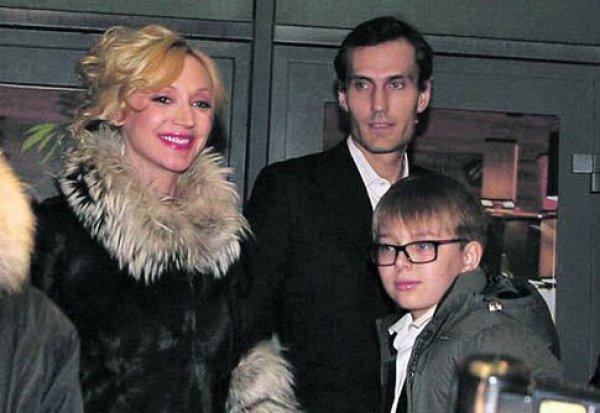 Кристина Орбакайте с мужем и младшим сыном Дени