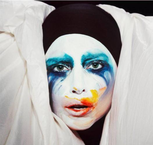 Макияж на Хэллоуин: яркий образ Lady Gaga пользуется популярностью в День всех святых