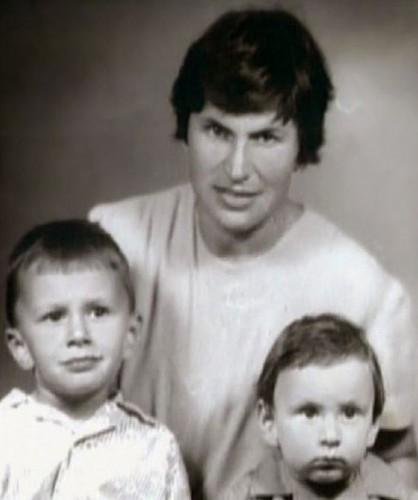 Братья Меладзе с мамой