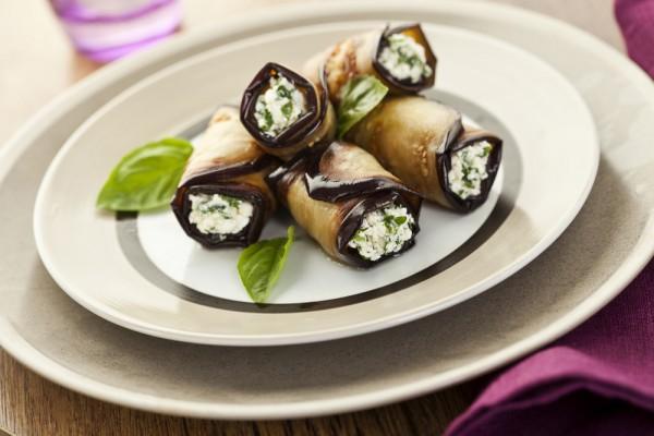 Летние блюда из баклажанов: ТОП-5 оригинальных рецептов