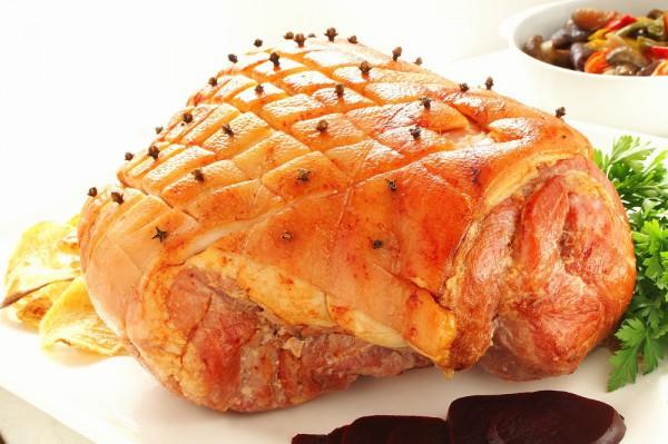Свинина, запеченная в духовке в абрикосовой глазури