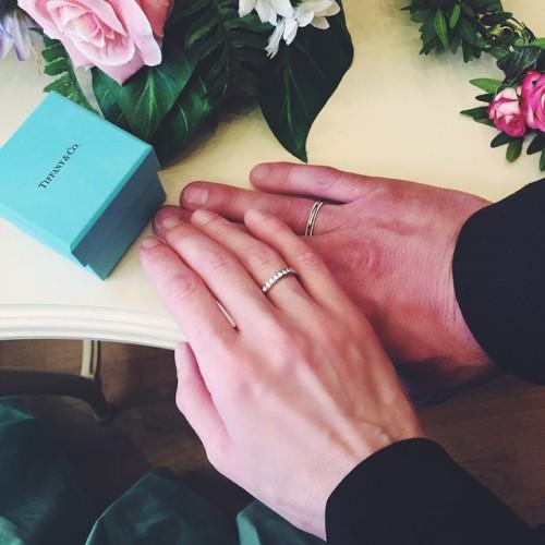 Варвара с Игорем Вдовиным показали обручальные кольца