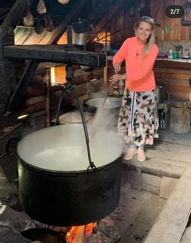 Юлия Панкова на отдыхе в Карпатах