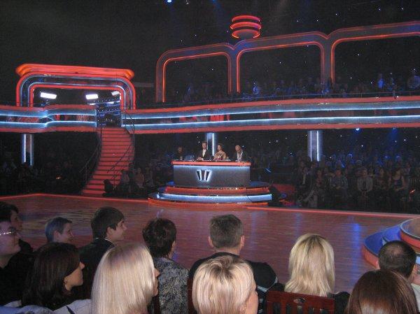Закулисная жизнь шоу Танцы со звездами. Фото. IVONA bigmir)net.