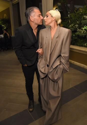 Леди Гага подтвердила информацию о том, что выходит замуж за своего агента