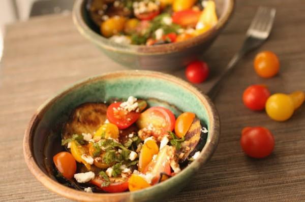 Рецепт                  Салат из баклажанов с помидорами
