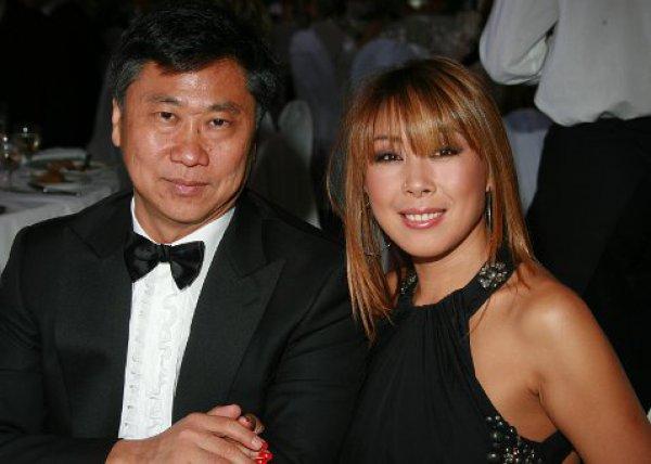 Анита Цой с мужем Сергеем