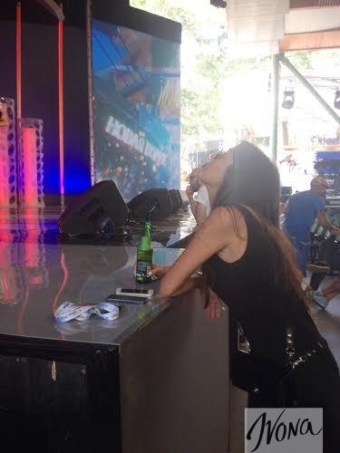 Кэти Топурия не отказывается от алкоголя на репетиции