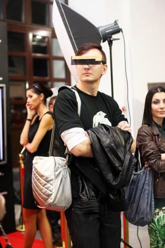 Украинская Неделя Моды – одно из мест, куда можно надеть странные аксессуары