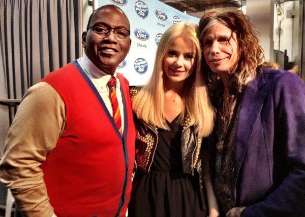 Мика Ньютон с продюсером Рэнди Джексоном и легендарным Стивеном Тайлером