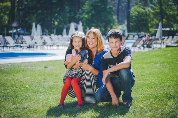 Маргарита Сичкарь с детьми